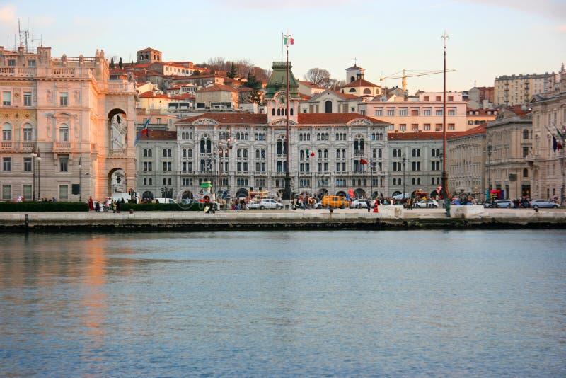 L'UNITA de place de Trieste photos stock