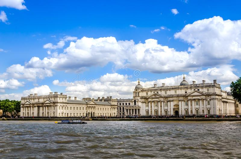 L'université de Greenwich et de vieux collage naval royal de la Tamise, Londres photographie stock