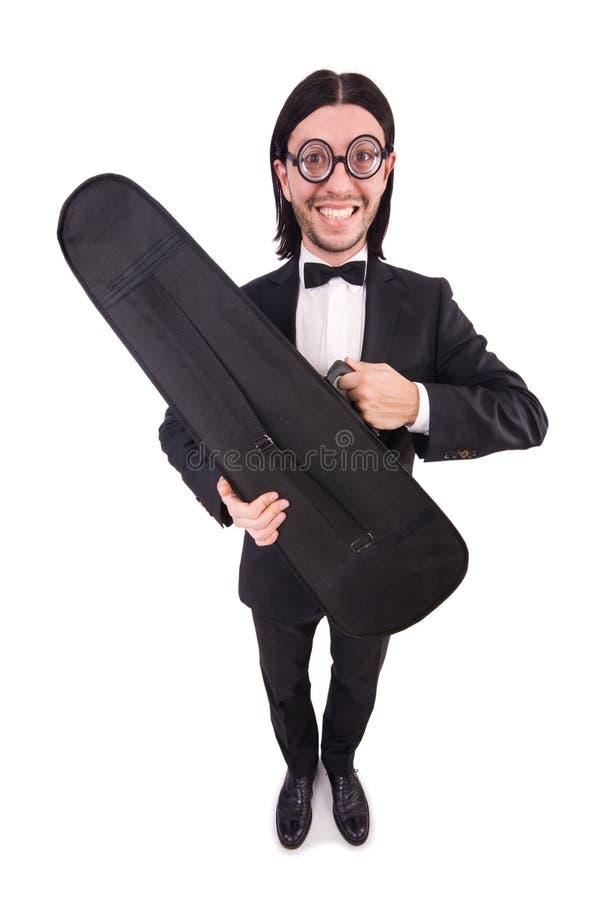 L'uomo con la cassa del violino isolata su bianco immagini stock libere da diritti