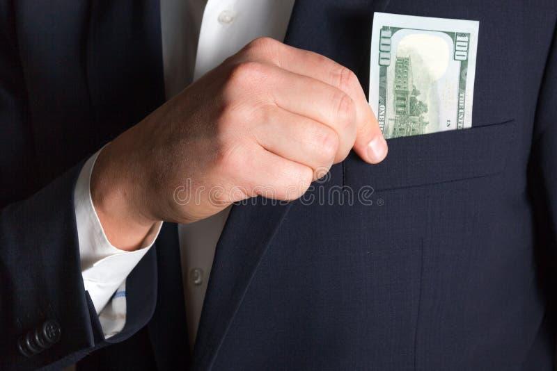 L'uomo d'affari conta i soldi immagine stock libera da diritti