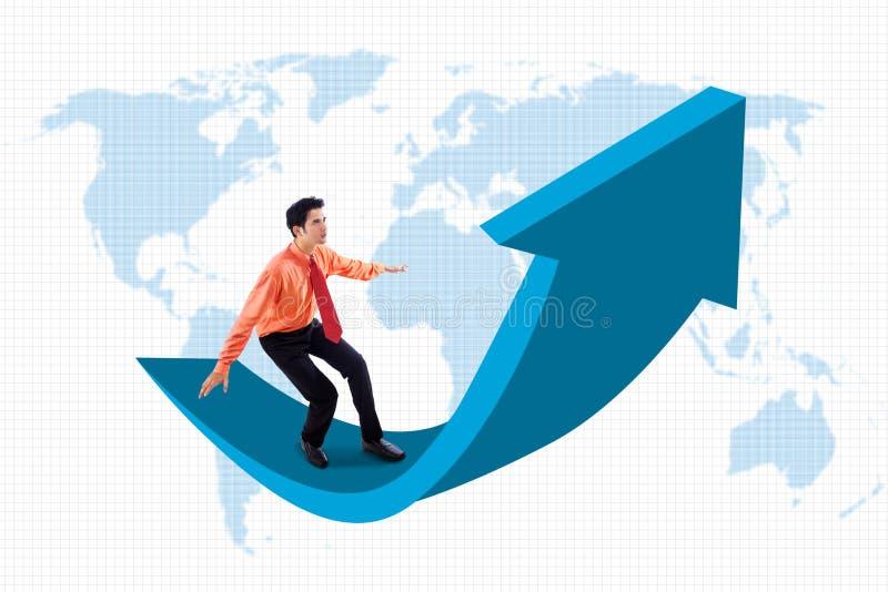 L'uomo d'affari sta sul segno della freccia illustrazione di stock