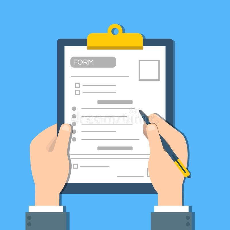 L'uomo riempie la forma di documento Le mani umane tengono il clipbord con la forma Vettore di vista superiore illustrazione di stock