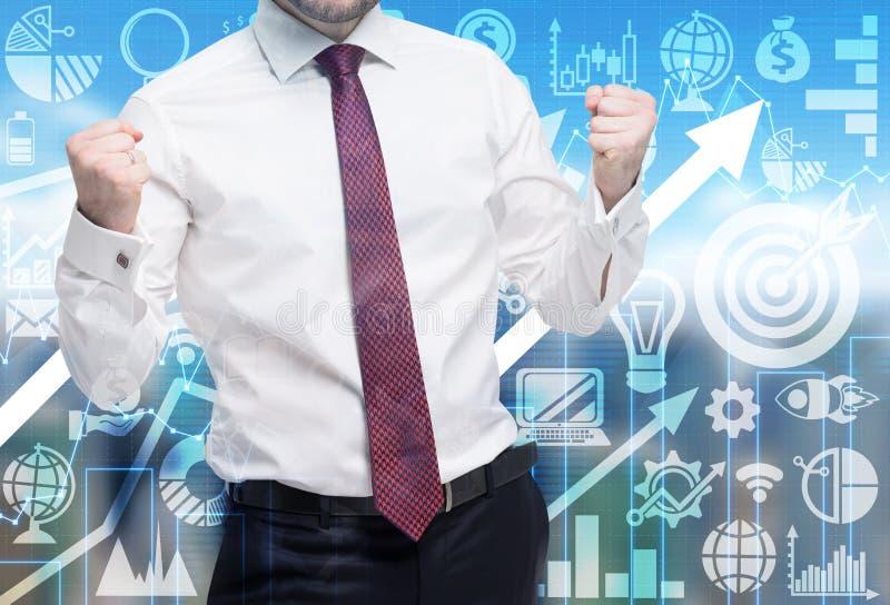 L'uomo sicuro dirige un riuscito progetto di affari Icone di affari e freccia crescente sui precedenti immagine stock