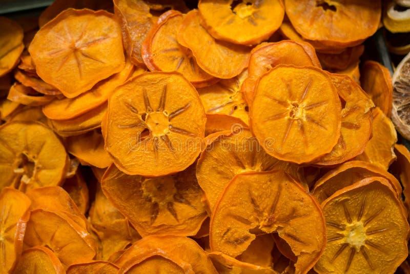 l vendita a secco naturale della frutta nel mercato fotografia stock libera da diritti