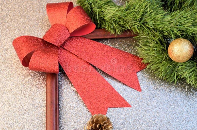 Laço do Natal no canto imagem de stock royalty free