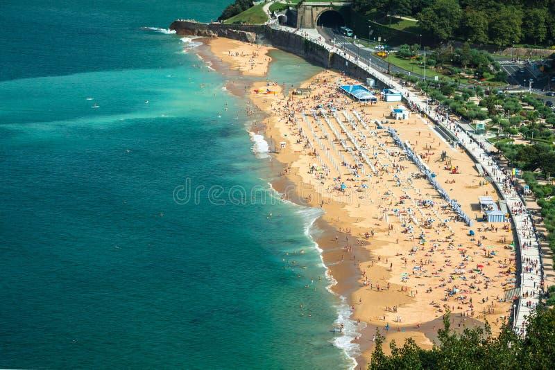 La外耳海滩在圣塞瓦斯蒂安,西班牙 库存图片