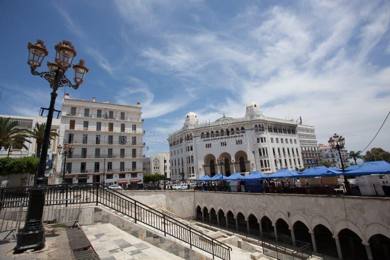 La重创的poste在阿尔及尔的中心 免版税库存图片