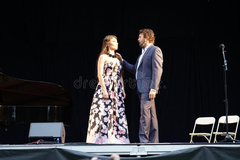 La ópera de Metroplitan en el parque 14 de Crotona imágenes de archivo libres de regalías