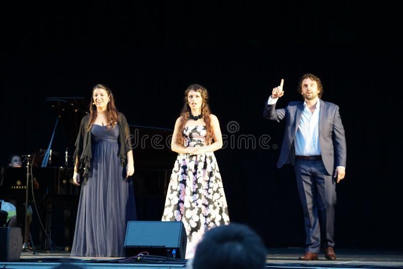 La ópera de Metroplitan en el parque 25 de Crotona foto de archivo libre de regalías