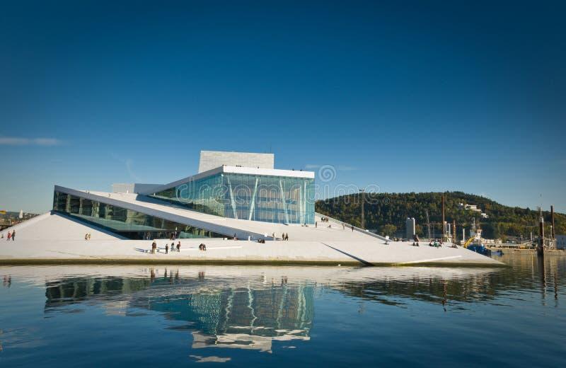 La ópera en Oslo, Noruega imagen de archivo