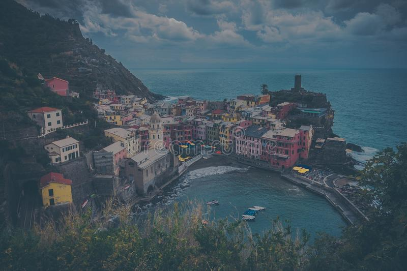 la Италии cinque известный около terre spezia моря места touristic меняет vernazza стоковое фото rf