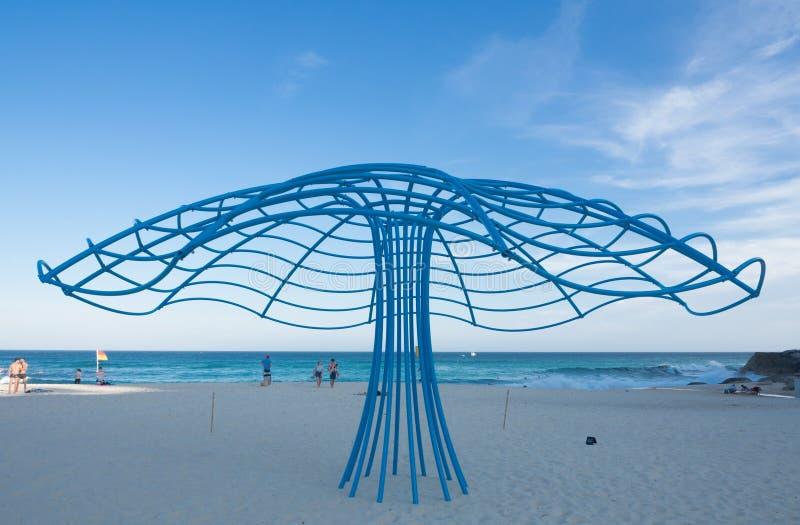 La 'escena del mar 'es ilustraciones esculturales de Rebecca Rose en la escultura por los acontecimientos anuales del mar libres  fotografía de archivo libre de regalías