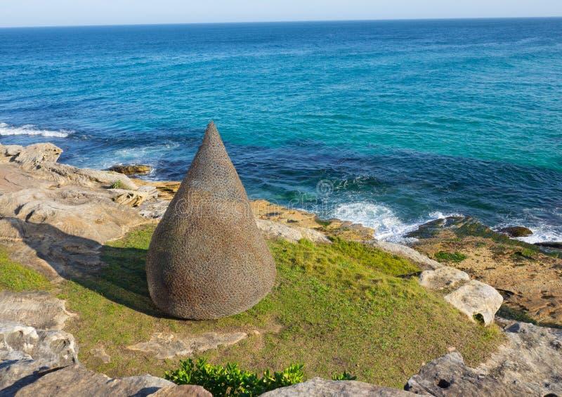 La 'llama 'es ilustraciones esculturales de Sally Stoneman en la escultura por los acontecimientos anuales del mar libres al públ imagen de archivo