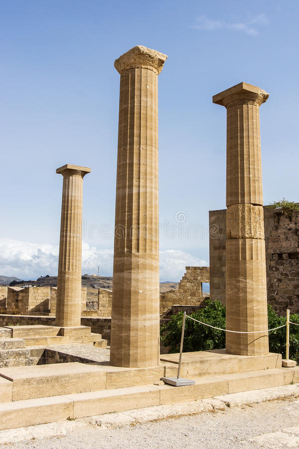 La acrópolis de Lindos imagen de archivo libre de regalías