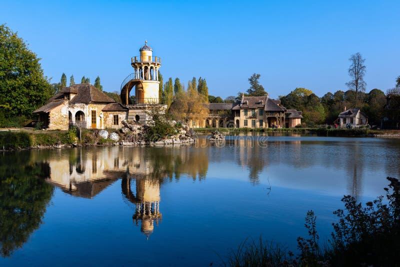 La aldea de la reina en el palacio de Versalles fotos de archivo