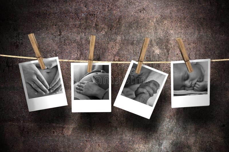 La alegría de la maternidad imagenes de archivo