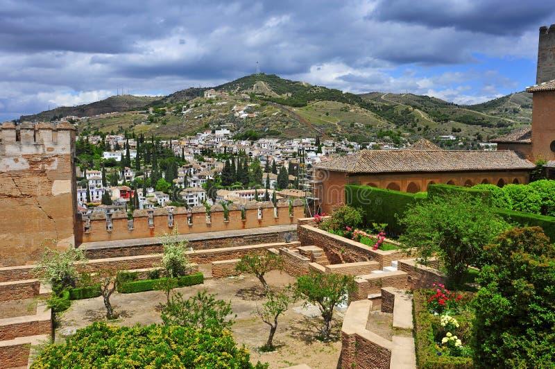 La Alhambra i Granada, Spanien fotografering för bildbyråer