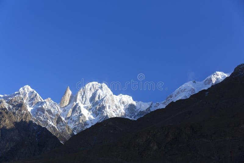 La altitud máxima del melindre 6.200 M en las montañas del karakoram sonó foto de archivo libre de regalías