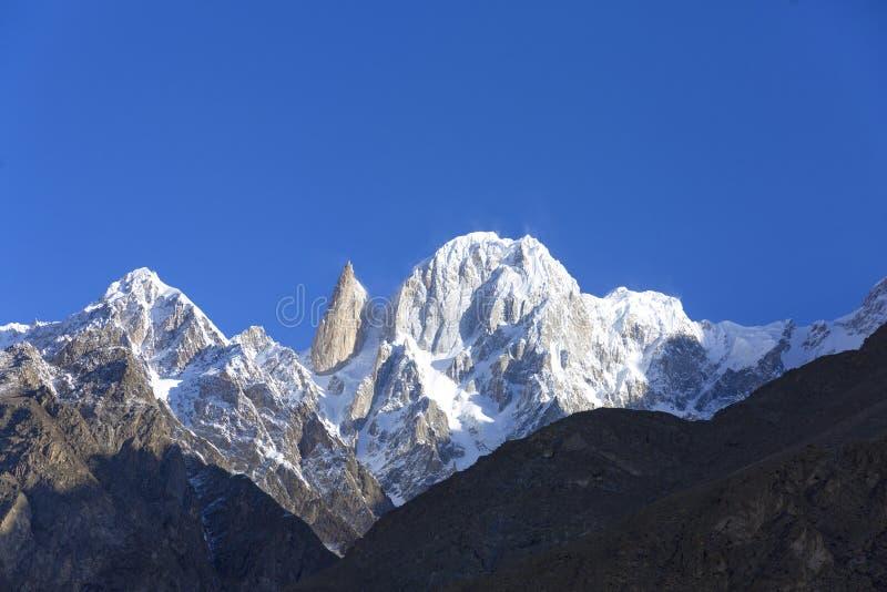 La altitud máxima del melindre 6.200 M en las montañas del karakoram sonó imagen de archivo libre de regalías
