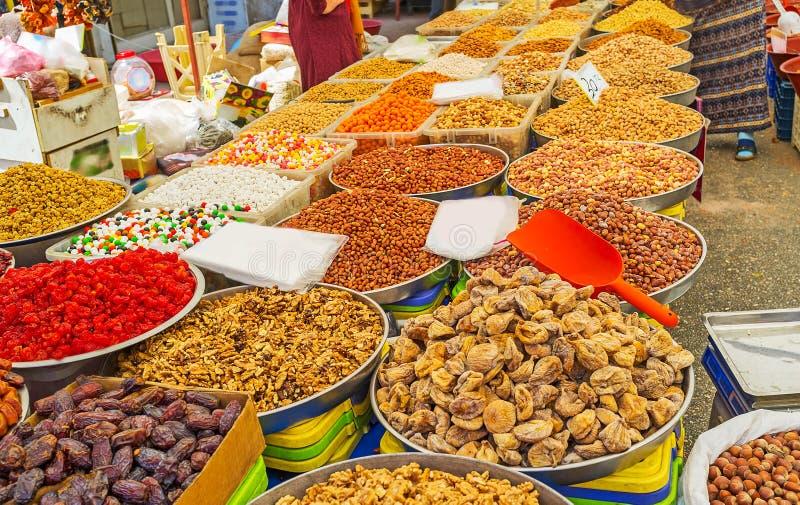 Download La Amplia Gama De Nueces En Antalya Foto de archivo - Imagen de sightseeing, alimento: 100531208