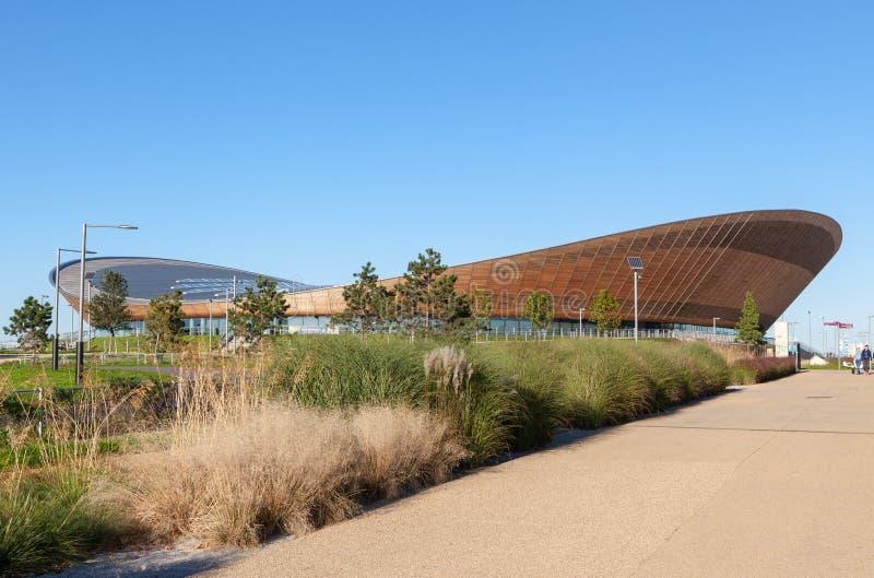 La arena de ciclo del velódromo en la reina Elizabeth Olympic Park foto de archivo libre de regalías