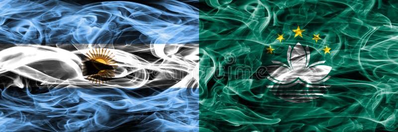La Argentina contra las banderas del humo de Macao colocadas de lado a lado Colore grueso ilustración del vector