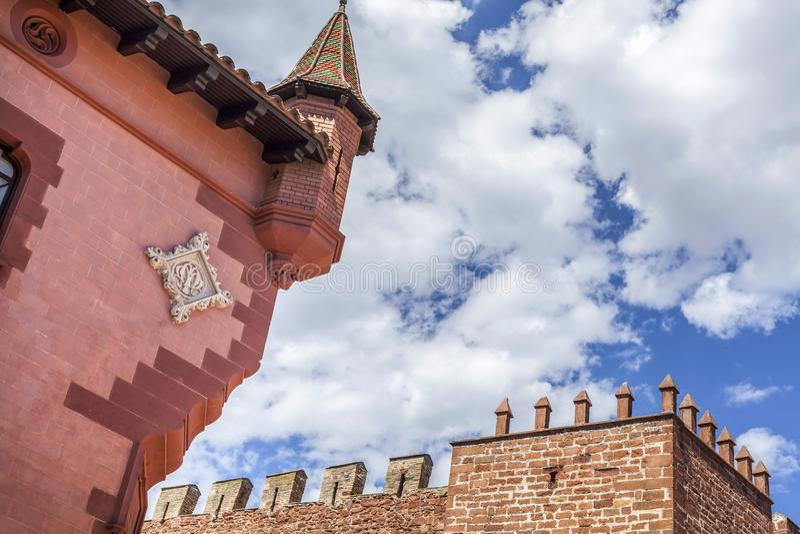 La arquitectura artística, puede Modolell, remolque fortificada antigua de la defensa foto de archivo