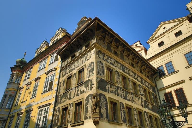 La arquitectura de las casas viejas, ciudad vieja, Praga, República Checa fotografía de archivo libre de regalías