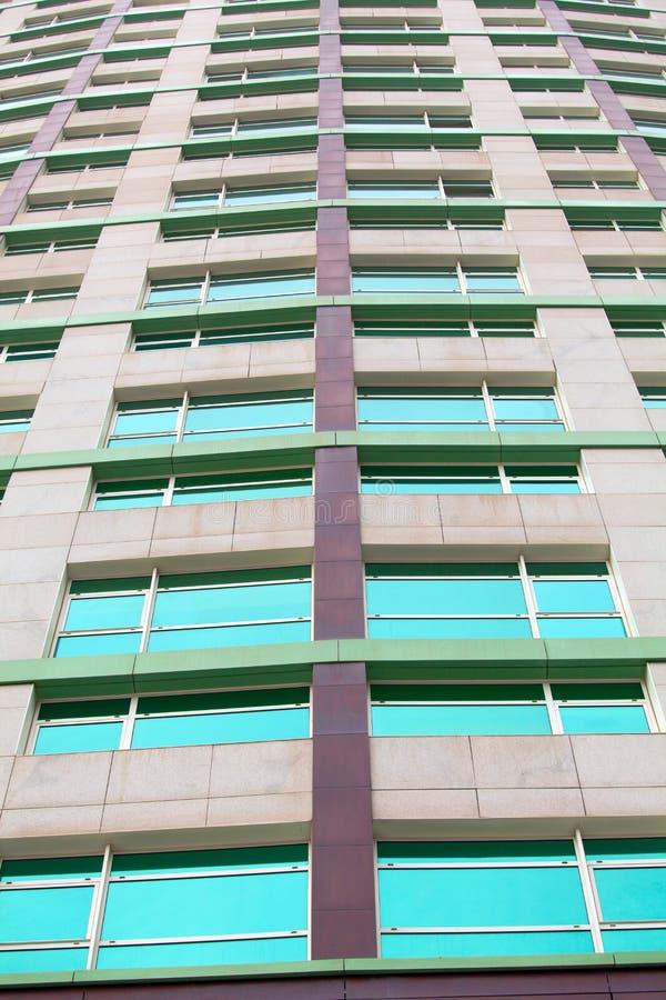 La arquitectura detalla el backg de cristal constructivo moderno del negocio de la fachada imágenes de archivo libres de regalías
