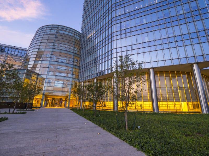 La arquitectura moderna de los edificios de Devon Energy en el Oklahoma City foto de archivo
