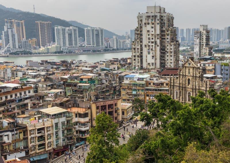 La arquitectura portuguesa de la ciudad vieja Macao, China imagen de archivo