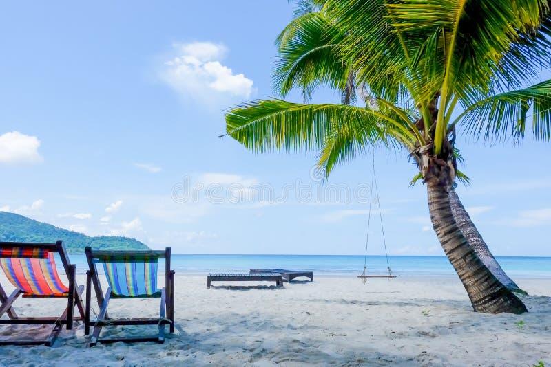 Download La Atmósfera Del Mar Hermoso Imagen de archivo - Imagen de turista, isla: 64211177