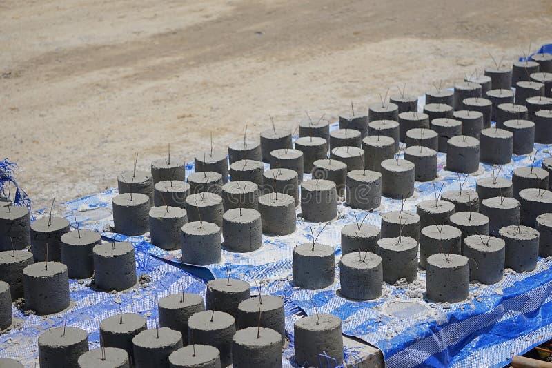 La bâche concrète, boule de mortier, images stock
