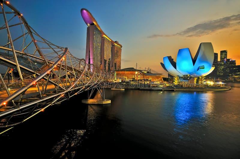 La bahía del puerto deportivo enarena Singapur fotografía de archivo