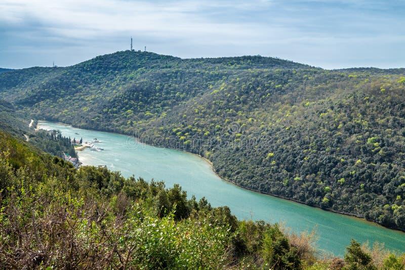 La bahía y el valle de Lim cerca de Rovinj y de Vrsar imagenes de archivo