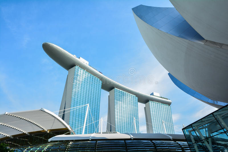 La baia del porticciolo smeriglia l'hotel Singapore immagini stock libere da diritti