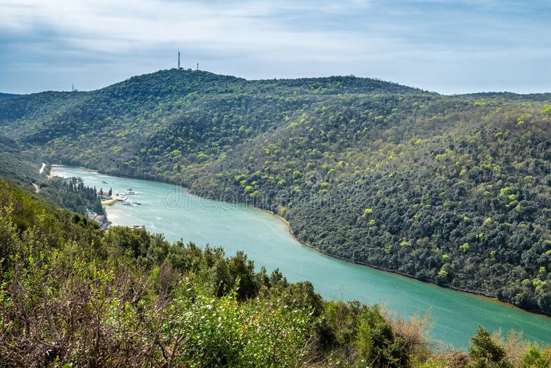 La baie et la vallée de Lim près de Rovinj et de Vrsar images stock