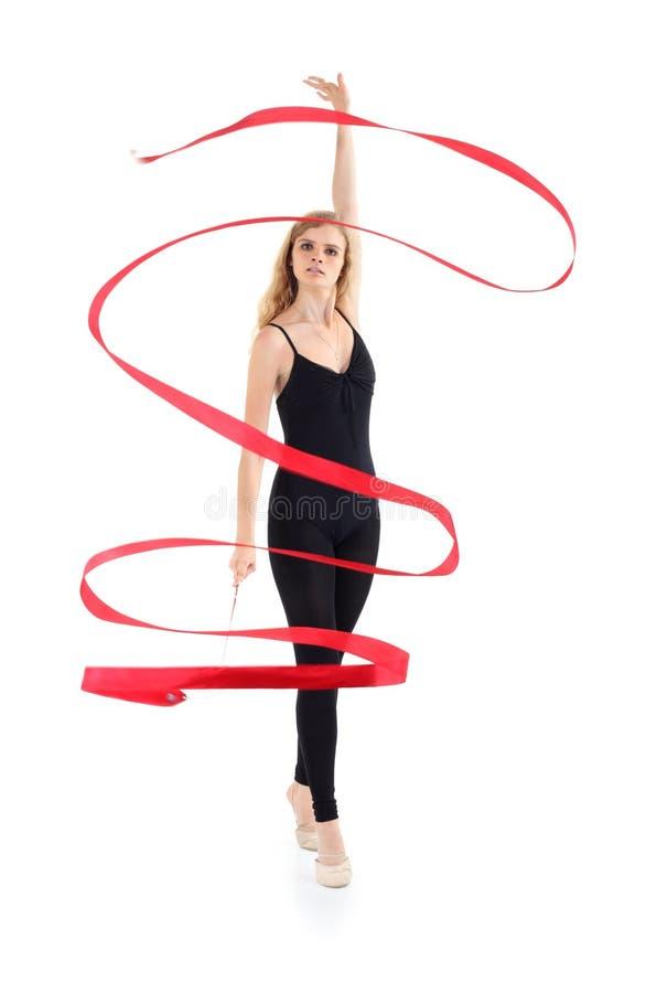 La ballerine avec la bande reste sur la pointe des pieds image libre de droits