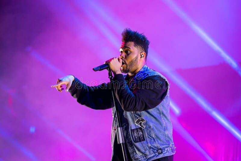 La bande de rythme de Weeknd et de musique de bleus exécutent de concert au festival de BOBARD images libres de droits