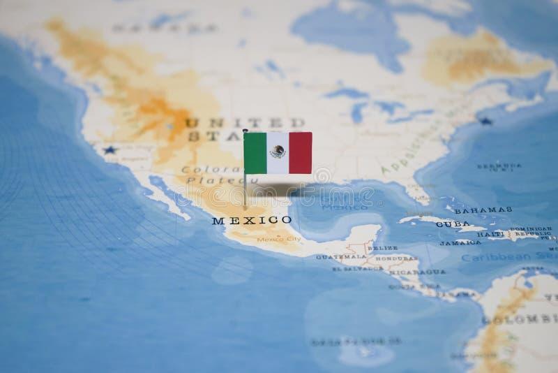 La bandera de México en el mapa del mundo imagen de archivo libre de regalías
