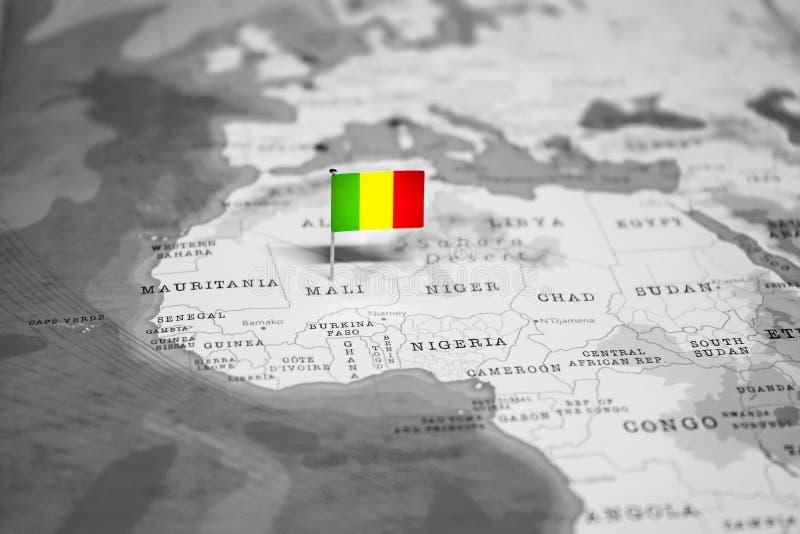 La bandera de Mal? en el mapa del mundo fotografía de archivo libre de regalías
