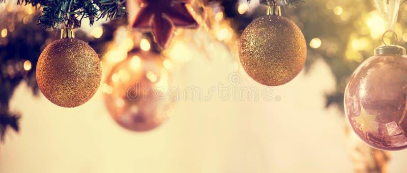 La bandera del fondo de la decoración de la Navidad, días de fiesta adorna el espacio para el texto fotos de archivo libres de regalías