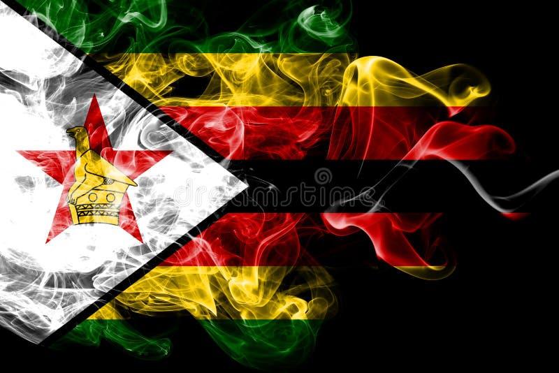 La bandera nacional de Zimbabwe hizo del humo coloreado aislado en fondo negro Fondo sedoso abstracto de la onda ilustración del vector