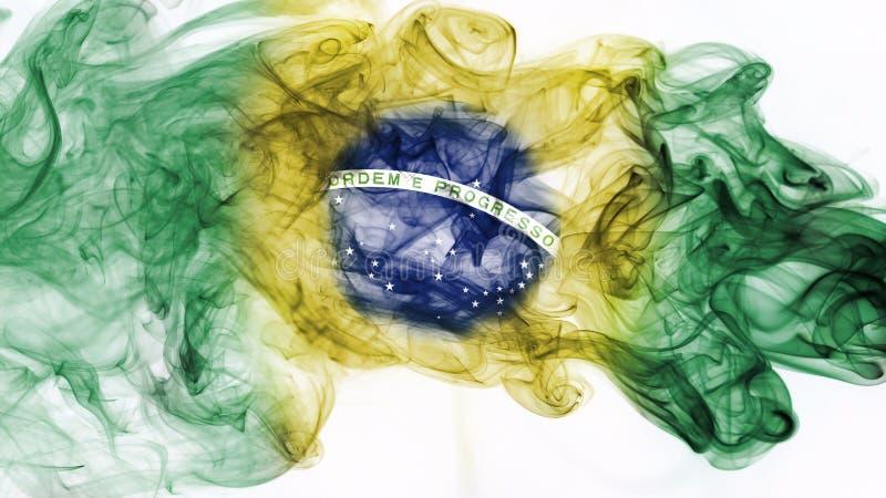La bandera nacional del humo del Brasil aisló en el fondo blanco ilustración del vector