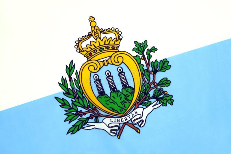 La bandiera di guerra e dello stato di San Marino fotografie stock