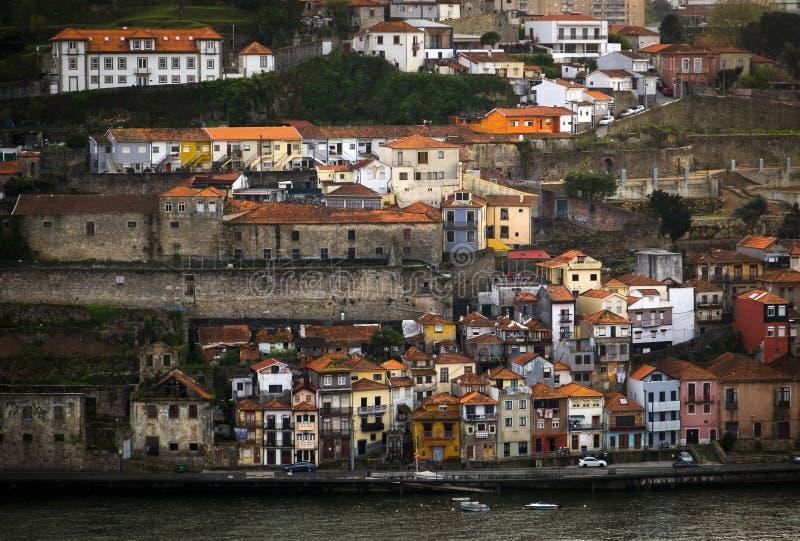 La banque de la rivière Duero vieille ville de Porto portugal images libres de droits