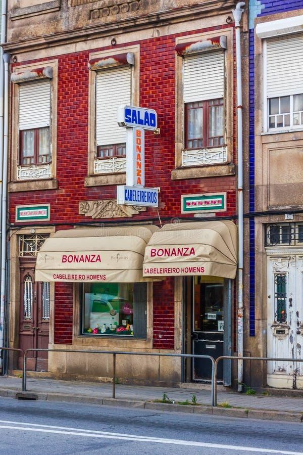 La barbería portuguesa vieja fotos de archivo