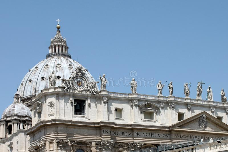 La basílica de San Pedro en el cuadrado de San Pedro, Ciudad del Vaticano Museo del Vaticano, Roma fotos de archivo