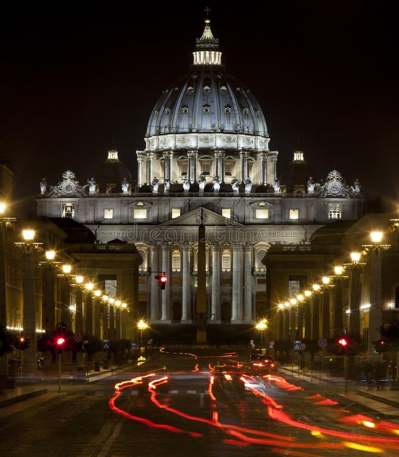 La basílica de San Pedro en Roma, Italia Asiento papal Ciudad del Vaticano fotos de archivo