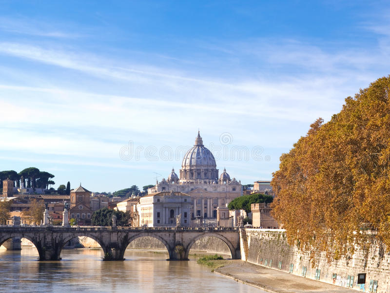 La basílica de San Pedro, Roma foto de archivo